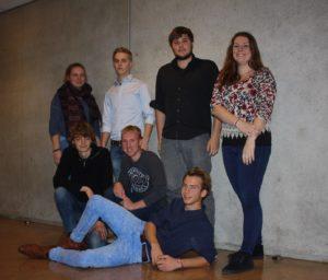 De projectgroep bestaande uit; bovenste rij van links naar rechts, Anna, Wyberen, Mischa, Marije. Op de onderste rij van links naar rechts Daan, Jesse en Tjalling.